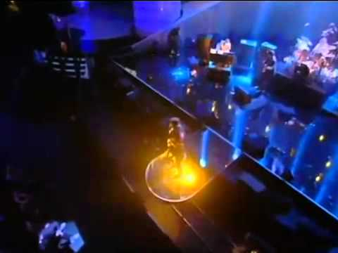 "Slash with Steve Winwood: ""Hey Joe"" (live UK Rock N' Roll Hall Of Fame 2005)"