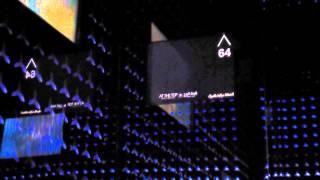 Lift di Burj Khalifa - 1 menit 124 lantai, wow !