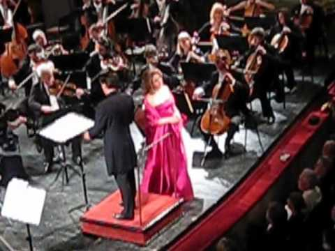 O mio babbino caro - Renée Fleming - Hungarian State Opera, May 11th, 2011