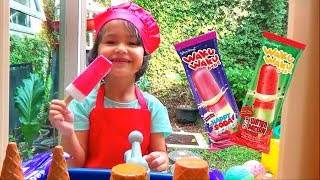 Misha Pretend Play - Kid Selling Ice Cream Popsicle Toys in Ice Cream Cart