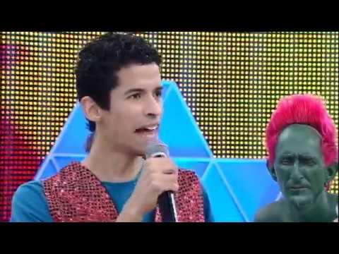 Cover de Katy Perry faz sucesso entre jurados do Canjica Show