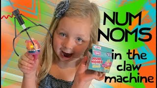 Num Noms in the Claw Machine Time Challenge!