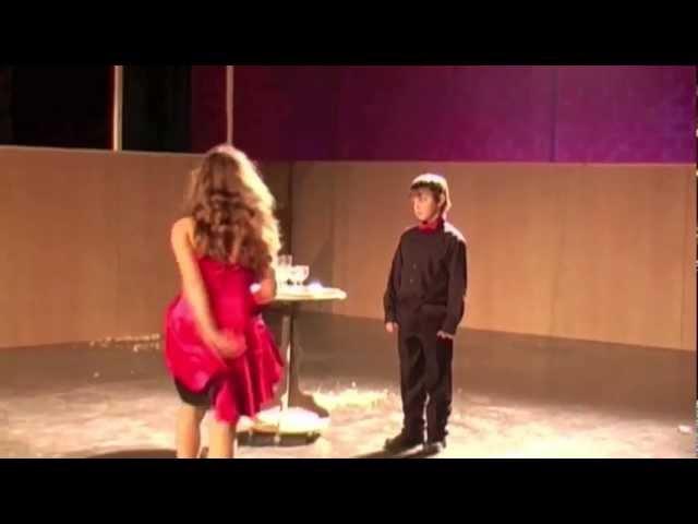 Koer - Theatervoorstelling Larf