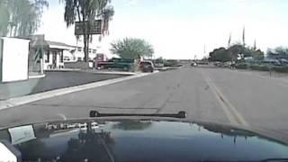 Brutal: US-Polizei überfährt bewaffneten Mann absichtlich