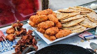 Nepali Street Food - DEEP FRIED Snacks in Kathmandu, Nepal! thumbnail