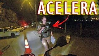 Policial gata mandou eu acelerar na blitz thumbnail