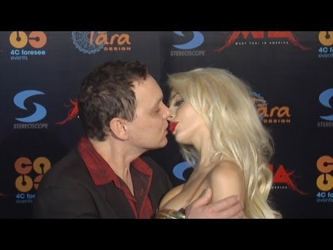 Courtney Stodden and Doug Hutchison Kissing on the Red Carpet - No Therapy Needed from YouTube · Duration:  1 minutes 45 seconds