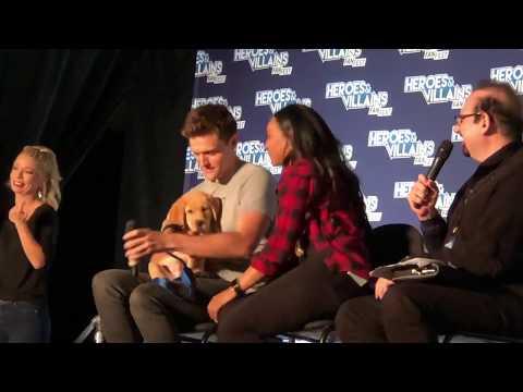 Heroes & Villains  Fest NJ 2018 Flash Panel: Candice Patton & Hartley Sawyer
