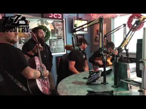 "Buckshot Performs ""Runaround"" In-Studio On The Coop Show"