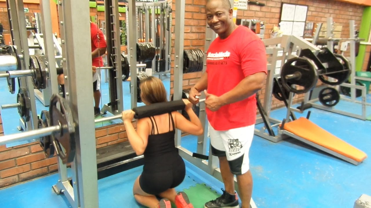 En piernas el gluteos ejercicios para videos gym de y