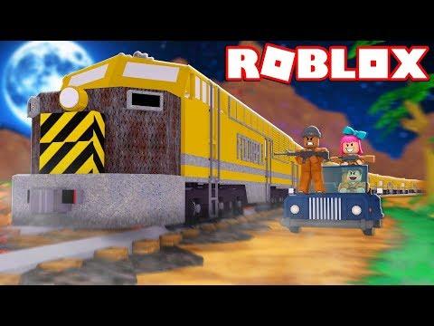 ROBBING THE TRAIN IN ROBLOX JAILBREAK! (Winter Update)