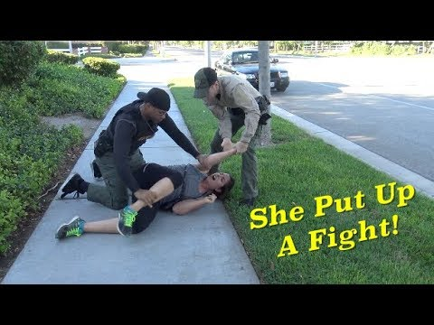 Female Jogger Puts Up A Fight