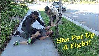 Video Female Jogger Puts Up A Fight download MP3, 3GP, MP4, WEBM, AVI, FLV Agustus 2018