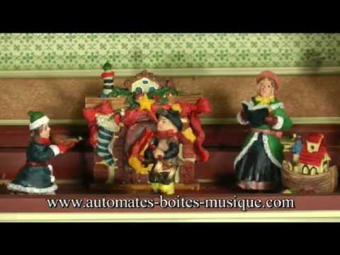 Musical advent calendar with automatons and music box