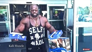 Kali Muscle - PS4 Unboxing + Playing Mortal Kombat