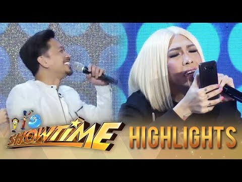 Vice checks Jhong's phone | It's Showtime KapareWho