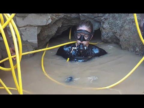 Un Plongeur Sous-marin Trouve Un Énorme Trésor Africain