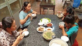 Bữa cơm đơn giản với canh cua khoai từ và khô chiên   Miền Tây TV