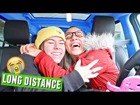 Goodbye, Hayley :( Long distance friends say bye at the airport | Vlogmas Day 10