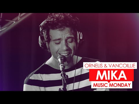 Mika - She's Always A Woman To Me (live bij Q)