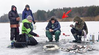 НА ПОПЛАВОК ГОРУ РЫБЫ Зимняя рыбалка 2020 на УМНЫЙ ПОПЛАВОК наловили с ОДНОЙ ЛУНКИ