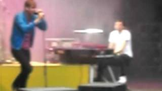 Everybody's changing - Keane (live) (bad quality)