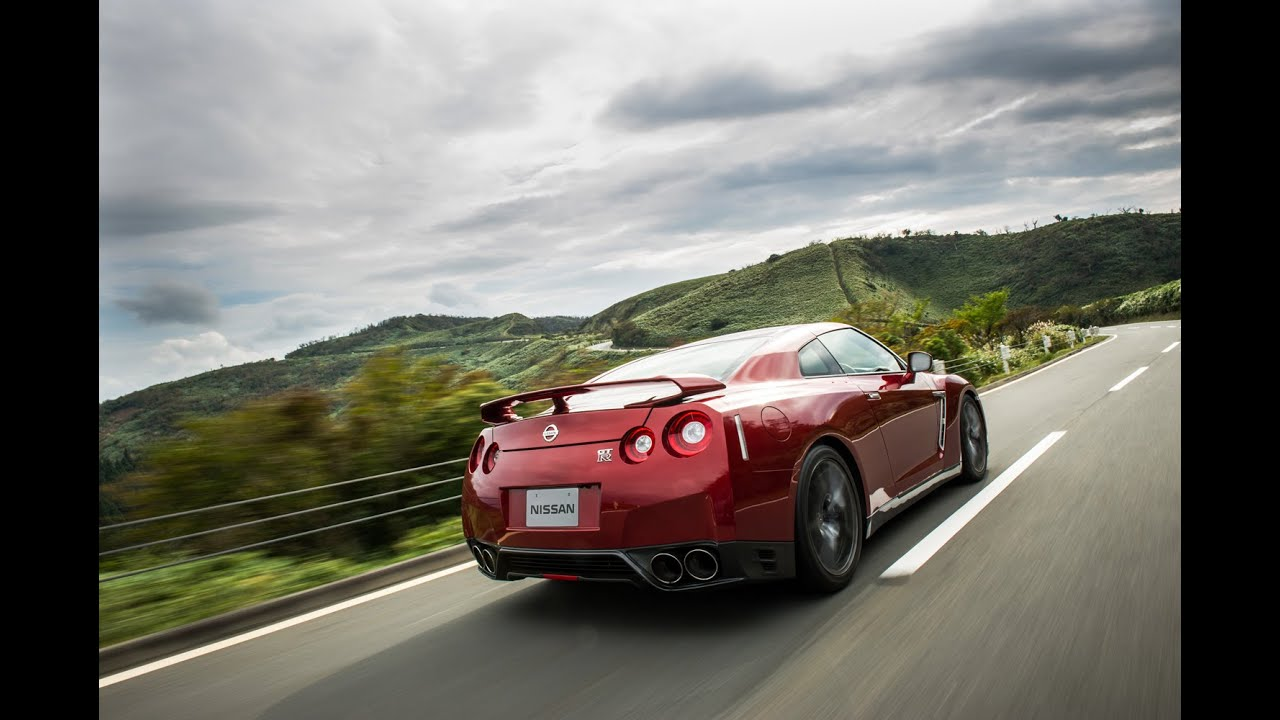 Introducing The 2015 Nissan Gt R Youtube