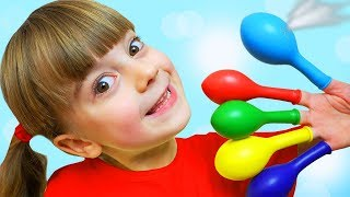 Ulya play in Balloons with Finger Family song