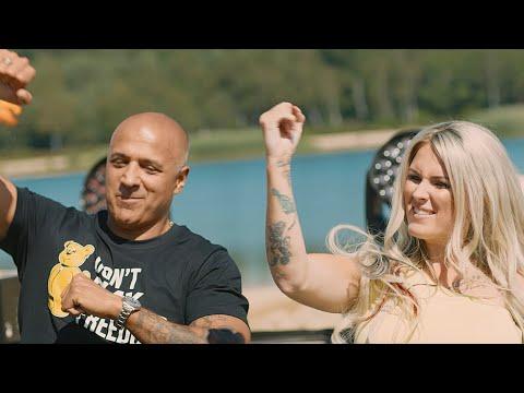 Смотреть клип Bulletproof & Paul Elstak & Boogshe - We Live Forever