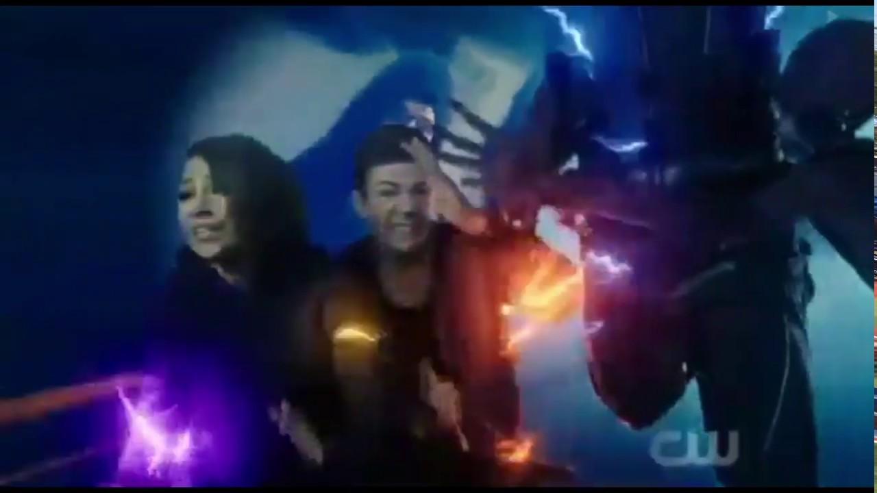 Flash Season 5 Episode 8 Barry and Nora vs ZOOM (Hunter Zolomon) Time  Wraiths interferes!