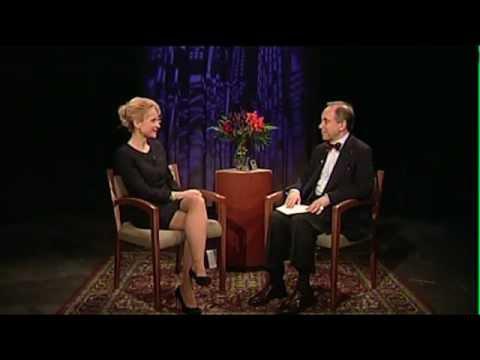 Sandra Navidi: Larry Parks interviews Sandra Navidi: Financial Crisis, Gold and Paper Money