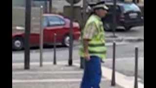 Glin Glin, un gendarme fou à Sarlat