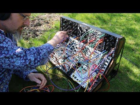 Molten Modular 19 - Let's build an ambient patch via Krell