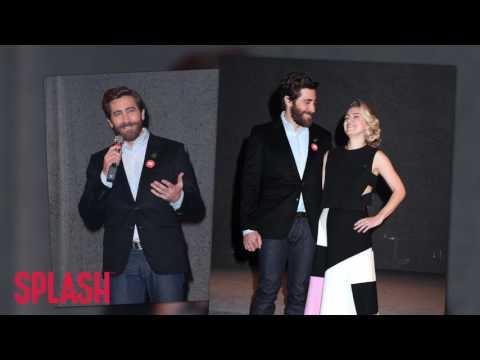 Jake Gyllenhaal Helps Reopen Broadway Theatre in New York City | Splash News TV