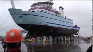 Landing the biggest ship in the water /  نورماندى تو  2