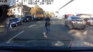 Безумная пешеходиха