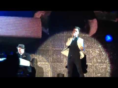 Fall Out Boy - 20 Dollar Nose Bleed ft. Brendon Urie HD (Live in Toronto)