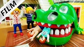 Playmobil Film Deutsch XXL KROKO DOC CHALLENGE AM POOL! ZÄHNE ZIEHEN VOM KROKODIL! Familie Vogel