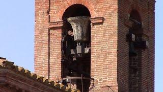 Смотреть клип Campane della Chiesa di Santa Maria in Piana di Castiglione del Lago (PG) (01) v.313 онлайн