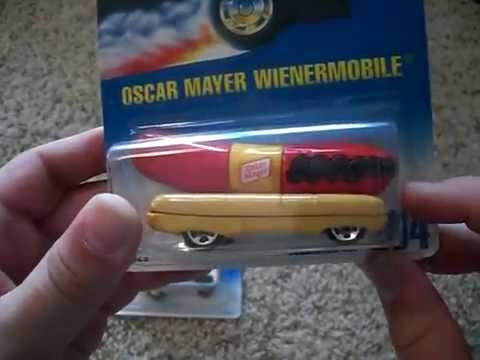 Hot Wheels Oscar Mayer WienerMobile Review