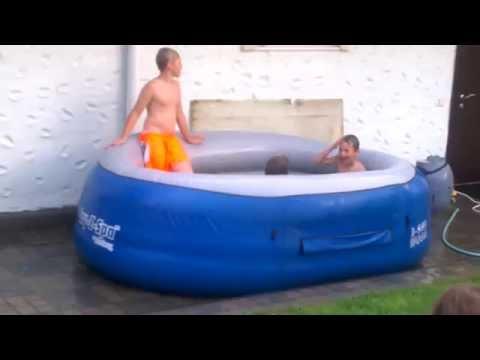 Приколы в бассейне видео
