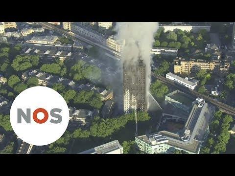LONDEN: Ooggetuigen brandende flat