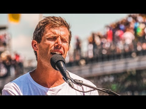 Jon McLaughlin Sings 'God Bless America' at the 2018 Indy 500 Mp3