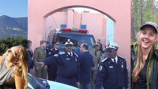 لحظة نقل جثثي السائحتين الأجنبيتين من مستودع الأموات  بمراكش في اتجاه مطار محمد الخامس بالبيضاء
