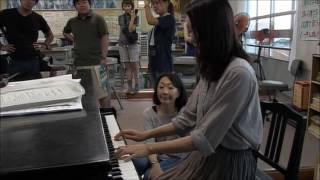 Yui Aragaki piano practice