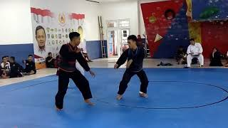 Video Pencak silat indonesia (Ipsi Bogor) download MP3, 3GP, MP4, WEBM, AVI, FLV Mei 2018