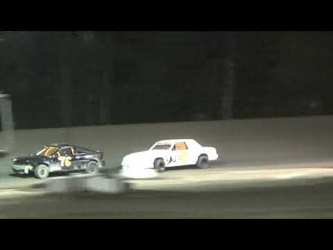 4 Cylinder Feature at Mt. Pleasant Speedway, Michigan on 08-04-2017.