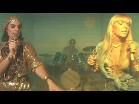 Sandi Sirocco - dancing dancing dancing dancing