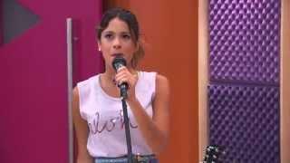 Виолетта поёт на английском песню IN MY OWN WORLD(, 2014-05-04T04:22:47.000Z)