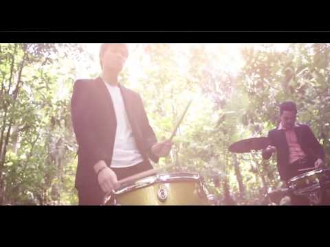 SADA BORNEO - Hallan Hashim and Friends (Official Music Video)